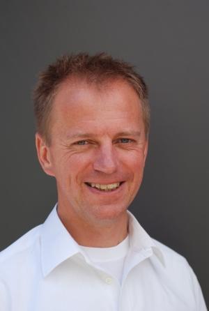 Pfarrer Dr. Oliver Kösters