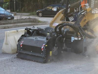FS75.18 Straßenfräse 1000 Kg Schnittbreite 750 mm